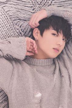 Jung Kook (Jeon Jeong Guk 전정국) / BTS