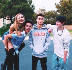Weekly chris my life as eva brent rivara and crowford collins...this is like all my favorite YouTubers in 1 pic