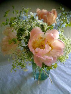 Kato Floral Designs Savannah, GA.  April 28, wedding at the Tybee Wedding Chapel