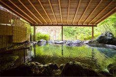 世界最古の温泉 西山温泉 慶雲館 Keiunkan. Koushu-Nishiyama Onsen, Yamanashi, Japan /  Keiun-Kan is the oldest in the world.