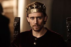 Tom Hiddleston as Henry V in BBC's The Hollow Crown--for Kaity ;)