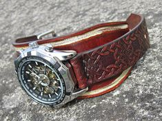 Mens leather watch, Rustic Wrist Watch, Leather cuff watch,Brown distressed watch