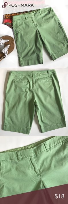 """New York & Company Manhattan Chino Shorts Pretty soft green shorts with faux front pockets and real back pockets with one open and the other still mostly sewn shut.....colors may vary some due to lighting(top and sandals props purposes only)....size 10 they measure about 17.25"""" across waist laying flat with an inseam of 12"""" with a 9.5"""" rise....bundle to save more plus ⚡️📫📦😁💕 New York & Company Shorts Bermudas"""