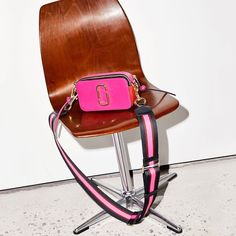 50c764a6fca4a Fancy - Marc Jacobs Pink Small Snapshot Bag Rabatt Einkaufen