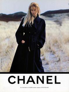 """Résultat de recherche d'images pour """"chanel 1995"""""""