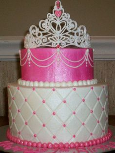 Royally Gorgeous Princess Birthday Cake! Totally doing this for Gracie's next Birthday!!!!