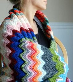 Chevron Blanket Crochet Pattern | Check out this beautiful crochet pattern today!