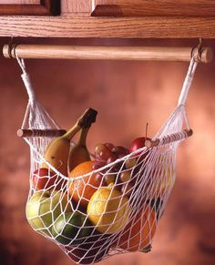The soft, open weave, fully suspended net gently supports fruit to reduce crushing and bruising. Complete air circulation allows fruit to breathe and encourages better ripening and less spoiling. Soli