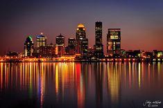 Louisville Kentucky at night