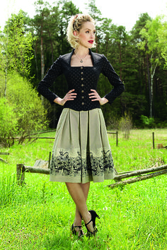 Mieder Felicia 32 | 90 schwarz Beautiful Outfits, Cool Outfits, Fashion Outfits, Womens Fashion, German Fashion, European Fashion, German Outfit, German Women, Capsule Outfits