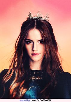 Find images and videos about harry potter and emma watson on We Heart It - the app to get lost in what you love. Emma Watson Fan, Emma Watson Style, Emma Watson Beautiful, Emma Watson Sexiest, Hermione Granger, Beautiful Celebrities, Beautiful Actresses, Girl Crushes, Woman Crush