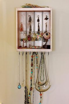 Upcycling Plastic Signs Project Three Jewelry Organizer Small