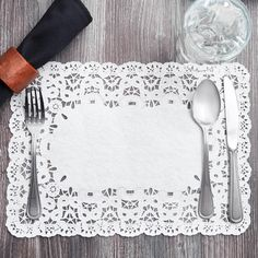 "10"" x 14 1/2"" White French Lace Paper Placemat - 1000/Case"