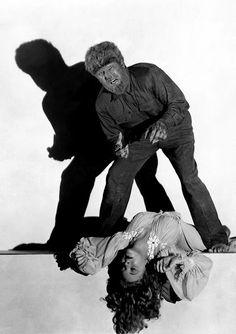the wolf man lon chaney jr Classic Horror Movies, Horror Films, Horror Art, Gothic Horror, Lon Chaney Jr, The Frankenstein, Horror Monsters, Famous Monsters, Classic Monsters