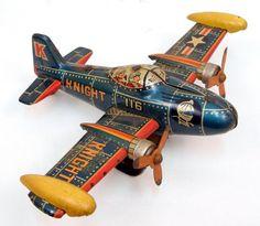 Iconic image for the representation of vintage toys. Vintage Robots, Vintage Toys, 1980 Toys, German Toys, Airplane Toys, Hobby Toys, Tin Man, Toy Craft, Tin Toys