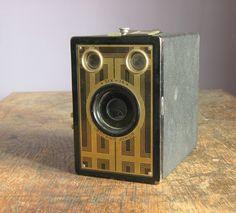 Vintage Camera .. Kodak Six-16 Brownie Junior
