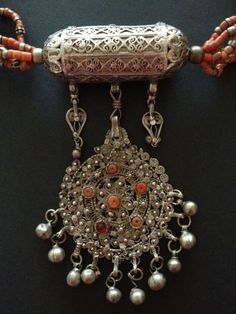 Silver and rec coral Yemeni necklace----I have a museum quality one for SALE @ FINDS on BROADWAY in Minneapolis MN. Contact me.