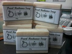Handmade pearl powder, ginseng, aloe vera & chamomile soap (for skin radiance)