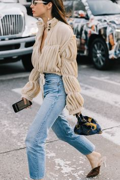 We couldn't notice that fashion girls love these flattering outfits. Prepare to get tons of inspiration here.