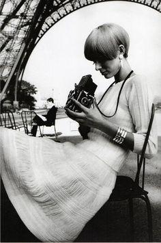 modrules:  Pull et JupeV.D.E., ParisVogue France, 1965Photo by JeanLoup Sieff