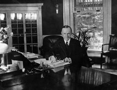 February 22,   1924: First radio broadcast from the White House  -    President Calvin Coolidge delivers the first radio broadcast from the White House as he addressed the country over 42 stations.