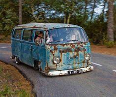 Volkswagen T2 - slammed - patina rust