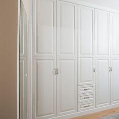 Gardrób szekrény Budapest, Armoire, Mirror, Closet, Furniture, Home Decor, Art, Elegant, Clothes Stand