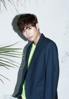 This will be Kim Kyu Jong′s first time holding a live concert as a solo artist, and fans are looking forward to the two shows. Kim Kyu Jong has been active ...