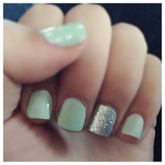 Mint and sparkles💅💎 #mynails