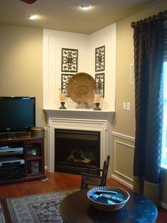 New living room ideas with fireplace traditional interior design Ideas Corner Gas Fireplace, Small Fireplace, Faux Fireplace, Fireplace Design, Fireplace Mantels, Fireplace Ideas, Fireplace Decorations, Mantel Ideas, Bedroom Fireplace