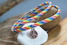Paracord - Armband bunt mit Peace - Zeichen von DaiSign auf DaWanda.com