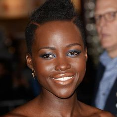 Lupita Nyong'o's Sultry Eyes - How to get Lupita's Sultry Look - Harper's BAZAAR Magazine