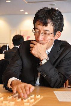 佐藤康光九段と松本佳介六段が控室来訪