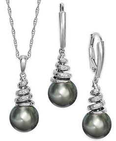 Tahitian Pearl (9mm) and Diamond Accent Jewelry Set in Sterling Silver