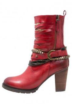 Vaude TRK Skarvan STX naisten punaiset kengät