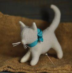 Waldorf toy // Felt cat// Small stuffed cat // Big Stuffed cat