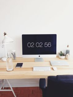 minimalsetups: Follow Minimal Setups on Instagram.