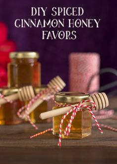 DIY spiced cinnamon honey favors - so cute for Valentine's Day!