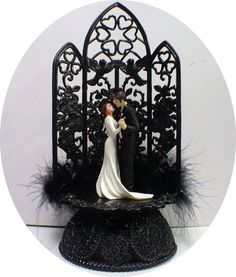 Edward and Bella's Wedding Cake Toppers Halloween Twlight Sga Sexy Black Breaking Dawn Vampire