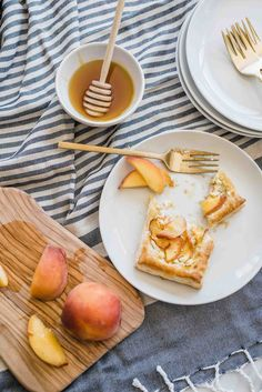 Try these easy to make peach and goat cheese tarts topped with honey. Using frozen puff pastry, these semi-homemade desserts are crowd pleaser! Whip them up for brunches, desserts for BBQs or make individual ones for a sweet afternoon pick me up. Puff Pastry Recipes, Tart Recipes, Curry Recipes, Cheese Tarts, Goat Cheese, Fun Easy Recipes, Easy Meals, Sweets Recipe, Dessert Recipes