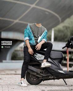 Blur Background In Photoshop, Black Background Photography, Photo Background Images Hd, Photo Background Editor, Studio Background Images, Cute Boy Photo, Photo Poses For Boy, Boy Poses, Photoshoot Pose Boy