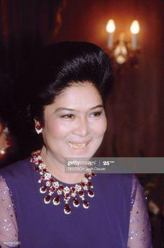 News Photo : Close-up Of Ferdinand And Imelda Marcos. Philippine News, Ferdinand, Sexy Asian Girls, Still Image, Portrait, Rough Cut, Close Up, Fine Jewelry, Jewellery