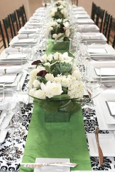 Merveilleux Damask And Green Table Runner Layered