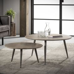The simplicity of this design makes the coffee table set attractive. It has an industrial but retro look, due to the use of wood and metal. The set can play its own way in your interior! Coffee Table Desk, Stone Coffee Table, Large Coffee Tables, Large Table, Small Tables, Dining Table, Deco Furniture, Home Decor Furniture, Table Design