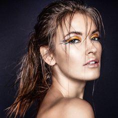 #photo #photoshoot #monikamotor @monikamotor_photography #beauty #model @magdalena_malicka #makeup #makeupbyme #lovemyjob #gold #blueliner #eminorembergmakeupartist #hair @insane260688