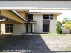 Super amplia y espaciosa casa en Colon! advantagebr.com - EA Improved :: Casa en Venta en Panama,Colon, Espinar con grandes Espacios de 598 Mts2 y lote de 919.34 Mts2!