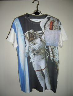 Astronaut In Space Art Design Printed Unisex Top T-Shirt Tunic