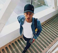 "heartsoftruth: "" Neymar on his way to San Sebastián Fc Barcelona Neymar, Barcelona Soccer, Messi, Neymar Jr Wallpapers, Neymar Pic, Soccer Motivation, Bruna Marquezini, Boyfriend Pictures, Eye Candy"