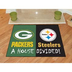 Green Bay Packers/Pittsburgh Steelers NFL House Divided NFL All-Star Floor Mat (34x45)