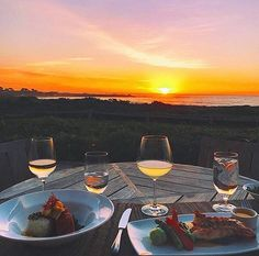 """Monterey was once named by #playboy magazine 1980s as """"The Worst Town in America for Singles."""" That probably hasn't changed but neither have the #sunsets This region is known for 🌅. . . . . . . . #eatpraychardonnay #chardonnay #wine #whitewine #winestagram #rombauerandchill #monterey #pebblebeach #carmel #sf #napa #sonoma #winedownwednesday #winedown #wholefoods #flatearth #yoga #travel #foodie #finedining #glutenfree #pebblebeachfoodandwine #wealth #spanishbay #lobster #abundancemindset…"""